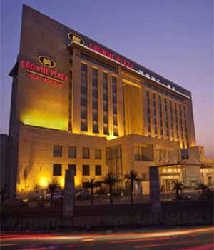 escorts service crowne plaza hotel